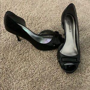 Anne Klein 2 black heels